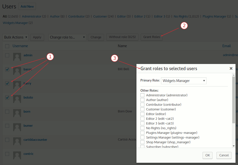screenshot-6.png Assign multiple roles to the selected users